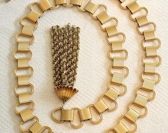 VINTAGE Gold Tone Chain Belt with tassel