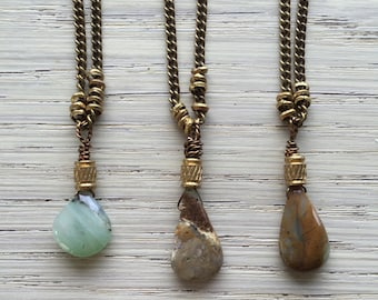 Short peruvian opal necklaces / opal drop necklace / short opal necklace / boho crystal necklace / bohemian necklace / earthy necklace