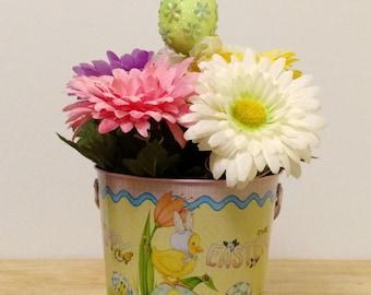 Spring Arrangement, Easter Flowers, Easter Arrangement, Mary Engelbreit, Spring Decor, Easter Egg, Window Decor, Easter Decoration