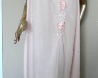 Vintage 1960's Pink Babydoll Nightgown*ARISTOCRAFT . Size Medium . Chiffon Overlay . Satin Applique Flowers .100% Nylon . Retro . Beautiful!