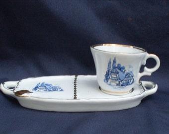 tazzine vintage da caffè con piattino posacenere, finemente decorato con bleu, vintage cups with saucer ashtray, finely decorated with bleu
