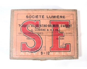 French Light-sensitive Gelatin Silver Salt 9x12 Blank Glass Slide Cardboard Box, Antihalation Layer Photo, Orthochromatic, Société Lumière