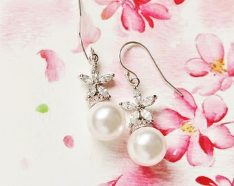 Pearl Bridal Earrings Romantic Wedding Jewelry Bridesmaid Gift Cherry Blossom Flower Bridesmaid Earrings Bridal Party Gifts for her