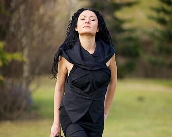 Black Vest, Asymmetric Vest, Hooded Vest, Black Hoodie, Hooded Top, Reversible Top, Sleeveless Top, Cotton Jacket, Black Shirt