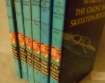 5 Vintage Hardy Boys Mystery Books - #s 29 30 31 36 37- Blue 1960s Editions