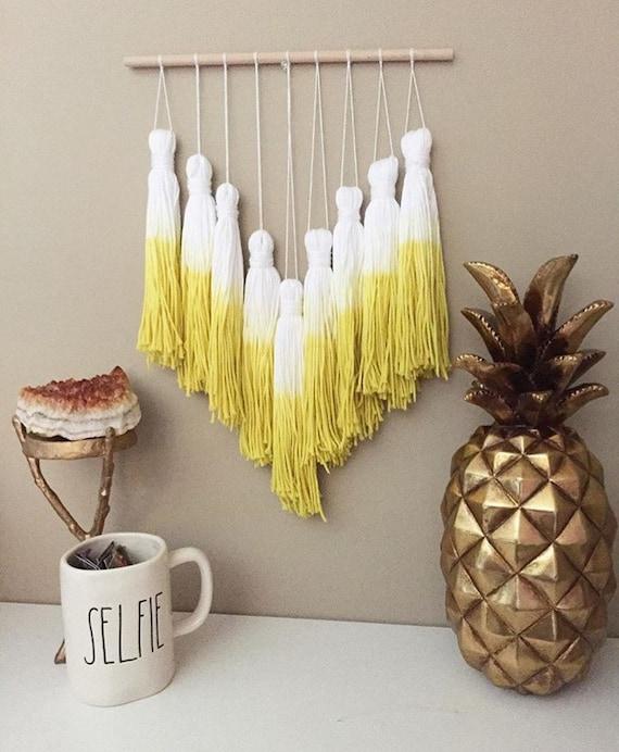 tassel mobile yarn tassel garland dip dye tassels dip dye. Black Bedroom Furniture Sets. Home Design Ideas