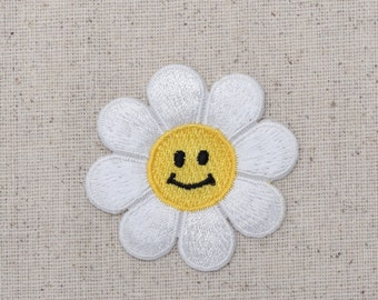 Smiling Daisy - White Flower - Face - Iron on Applique - Embroidered Patch - AP-511456