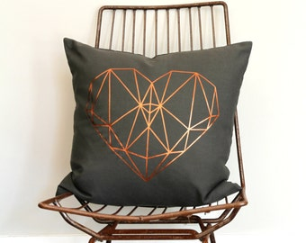 lush faux fur throw pillows metallic gold par northwestdecor. Black Bedroom Furniture Sets. Home Design Ideas