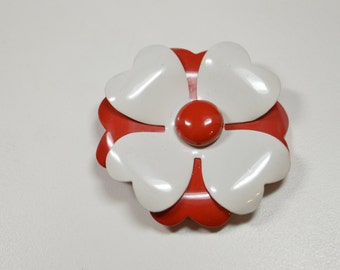 Vintage Red and White Enamel Flower Pin Brooch Flower Power Pin Brooch  Red White Retro Flower Jewelry