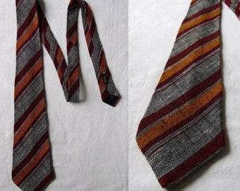 Mens tie, cravate cravate avec des raies gris orange rouge, français vintage rayé col cravate cravate
