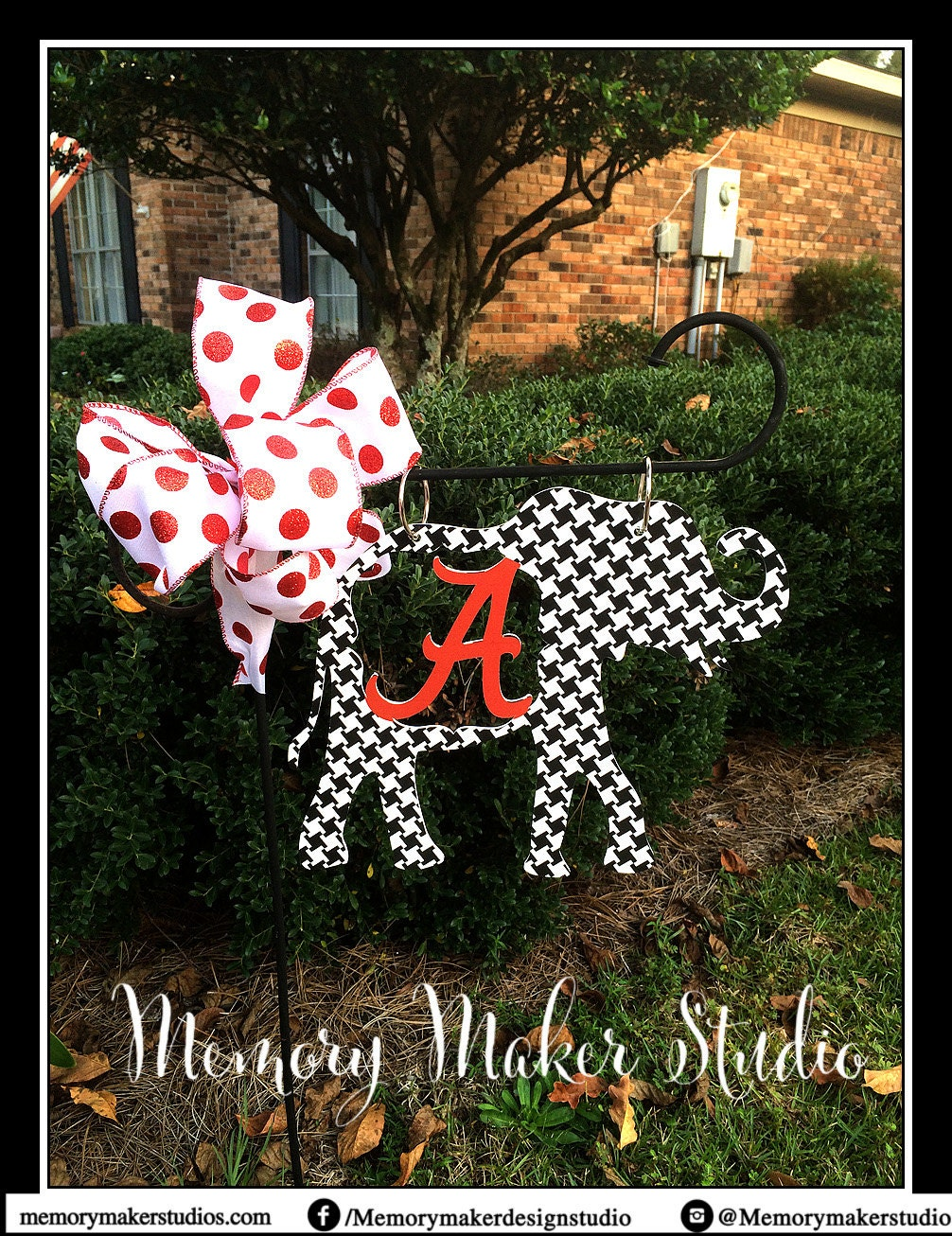 Alabama Houndstooth Elephant Lawn and Garden Flag Houndstooth