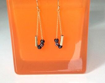 Gold plated earrings/ Glass bead earrings/Minimal earrings/ Gold and black  earrings/Cute drop earrings/ Gift idea