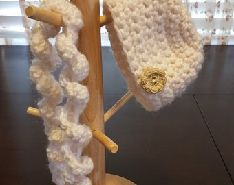 18 Inch Doll hat and scarf set