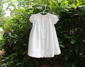 Hand-smocked Short-sleeved Baby Daygown