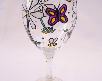 Flowers an Bees Wine Glass