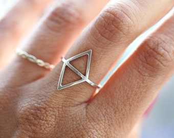 Double Montagne - silver geometric ring