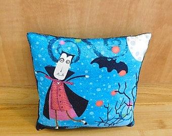 Halloween Art Pillow Primitive Folk Art Door Hanger Fall Decoration
