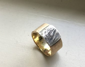 Mens Rustic Gold Wedding Band