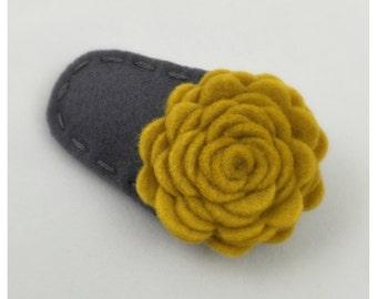 Golden Carnation Felt Hair Clip, Girl Hair Clip, Baby Hair Clip, Felt Flower, Felt Hair Bow, Yellow Hair Clip