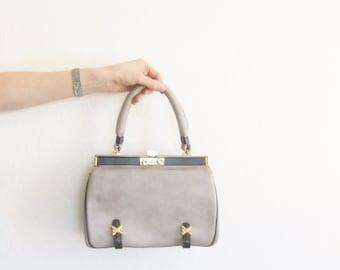 pale gray boxy leather purse . stiff 1960 accordion bucket handbag .sale