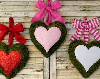 Heart Wreath - Valentine Wreath - Valentine Party Decoration - Choose Bow