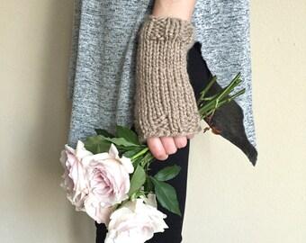 Taupe Knit Wrist Warmers Fingerless Gloves / Beige Oatmeal Cream / Vegan Yarn