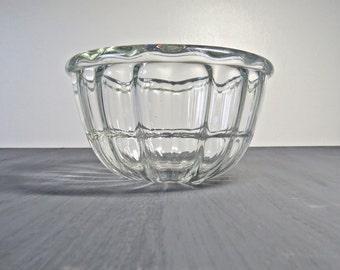 Vintage Retro 1950s JAJ/PYREX Glass Jelly Mould Blancmange Dish - 1 Pint Mould