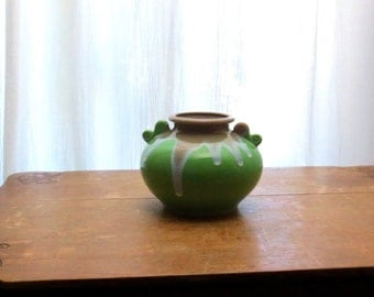 Apple Green Mid Century Vase Rotund Bell Shape / Drip Glaze Pottery / Made in Japan