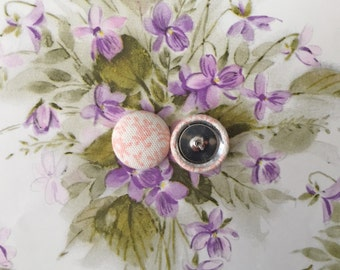 Fabric Covered Button Earrings / Pastel Pink / WHOLESALE Jewelry / Sensitive Ears / Bridal Shower Favors / Stud Earrings / Vintage Inspired