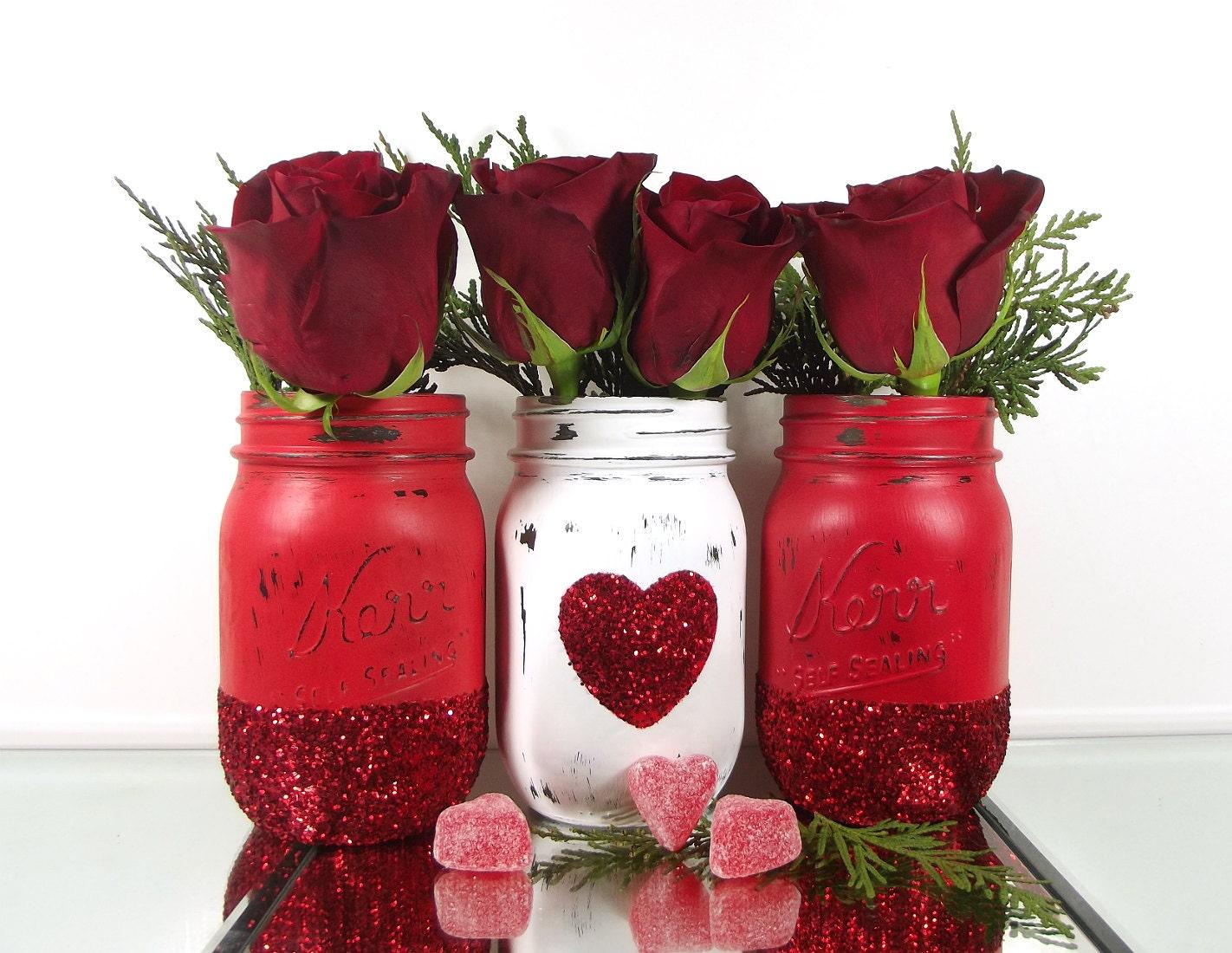 glitter mason jars valentines day decor decorated mason. Black Bedroom Furniture Sets. Home Design Ideas