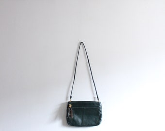 Minimal Green Leather Tassel Bag