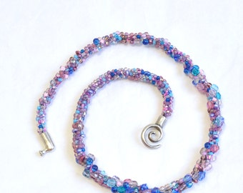 Crazy Weave Bead Weaved Collar Necklace