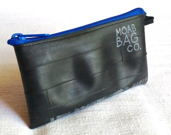 Medium Zipper Pouch - Recycled Bike Tube - Smartphone Wallet