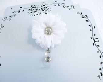 White Flower Badge Reel, White Badge Holder, Swivel Badge Reel, Flower Badge Reel, Rhinestone Flower, Gift Under 15, Flower Badge Holder
