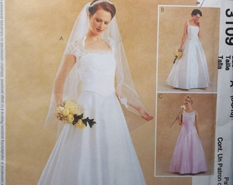 McCall's 3109. Sizes 6-8-10. Bridal dress, Bridesmaid dress, Formal dress pattern. Pattern is uncut and factory folded.