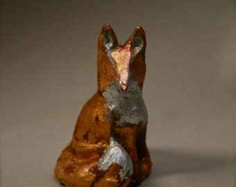 Fox red sulpture