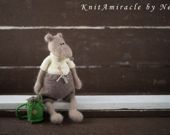 Knitting pattern toy Mouse / knitted toy pattern / knitted mouse / animal knitting pattern /Boris the Boy Mouse /