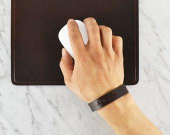 Leather bracelet / Personalized  Valentine's gift -  Leather Bracelet- Leather Cuff / Horween Leather