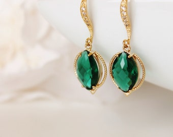 Emerald Green Wedding Earrings Green Bridesmaid Earrings Bridesmaid Gift Leaf Jewelry Gold Green Earrings Emerald Earrings