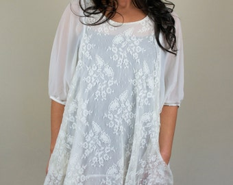Vintage White Lace 3/4 Sleeve Chiffon Layered Flowy Airy Boho Shift Dress