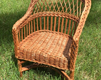 Vintage Wicker Children's Chair / PICK UP ONLY