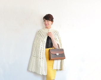 ivory crocheted cape coat . scalloped edge sweater cape .small.medium.large .sale