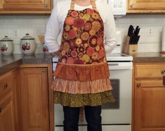Rust Circles and Ruffled Apron Misses size Large
