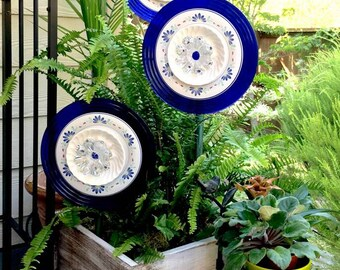 "15% SAVINGS: 10"" Glass Plate Flowers, Cobalt Blue and White Suncatchers, Garden Art, Garden Sculpture, Yard Art"
