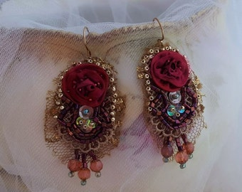 Roses earrings, lace earrings, Boho statetement earrings, bead embroidery textile jewelry, long lightweight red flower earrings, red roses