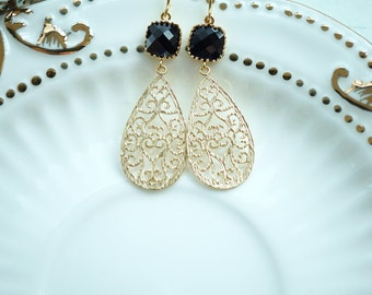 Black Filigree Dangle Earrings, Jet Black Paisley Earrings, Gold Black Filigree Glass Dangle Drop Earrings Black and Gold, Bridesmaid Gift