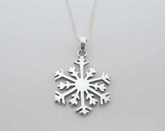 "925 Sterling Silver Snowflake Pendant on 16, 18 or 20"" Curb Chain Snow Flake"