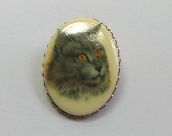 Gray Cat Brooch
