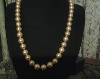 South sea  shell champayne pearl necklace