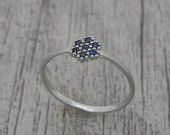 Silver ring with sapphire blue, women